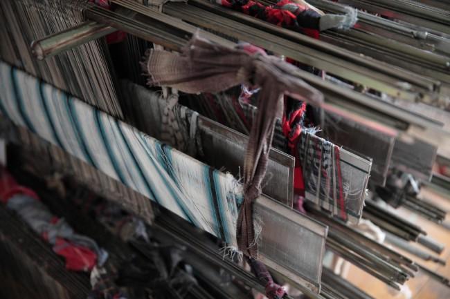 立川織物(新潟)の使い込まれた織機