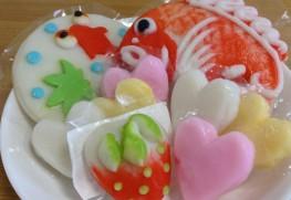 鯛のほかにイチゴやハートなど。金魚は7月限定で、季節ごとの細工も見どころです。