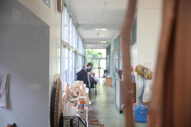学校の名残が各所に感じられる。そこに違和感なく、茂木さんやヴェルナーさんたちの思考やライフスタイルが溶けこんで、どこか懐かしくも新しい独特な空間となっている