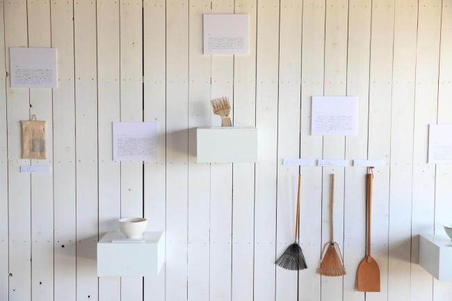 第2回生活工芸祭にて、三谷さんの展示「M氏の生活工芸」光景。ふだんの暮らしでじっさいに使うものたちから、三谷さんの思いが伝わってきた