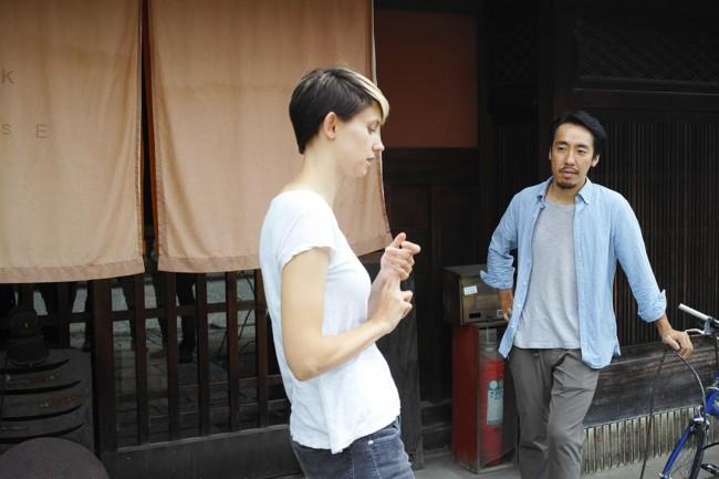 安達浩二郎さんとシャナシーさんご夫妻