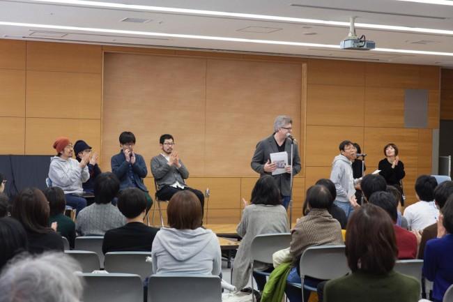 個々のワークショップが終わった後に開かれた「朗読とディスカッション」。川上未映子、古川日出男、柴田元幸、レアード・ハント、そして村上春樹で行われた