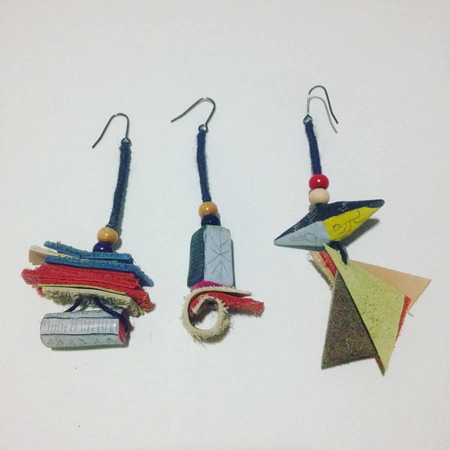 2016年3月に行った個展で発表した陶器やピアスたち