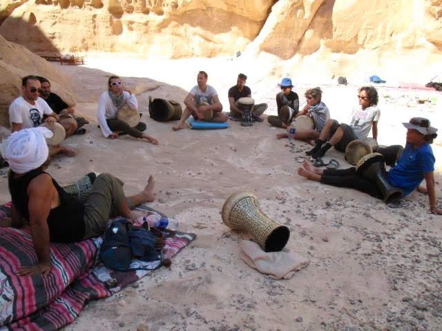 本場でダルブッカを練習するために那須さんが訪れた、エジプトのシナイ砂漠のキャンプ