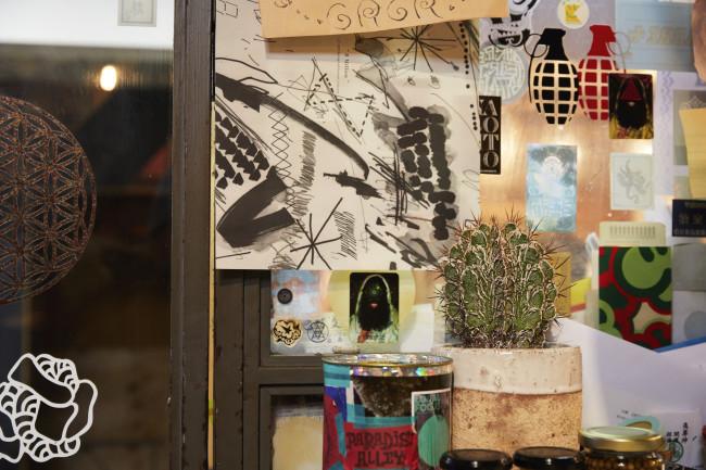 鎌倉のまちには、暮らしに密着した魅力的な店が本当に多い。多くの店が徒歩圏内で回れる距離にあり、店同士、お客さん同士の仲もいい。NPOの多さは、店の多さ、つまりひとが出会う場の多さも大いに影響しているように感じられる