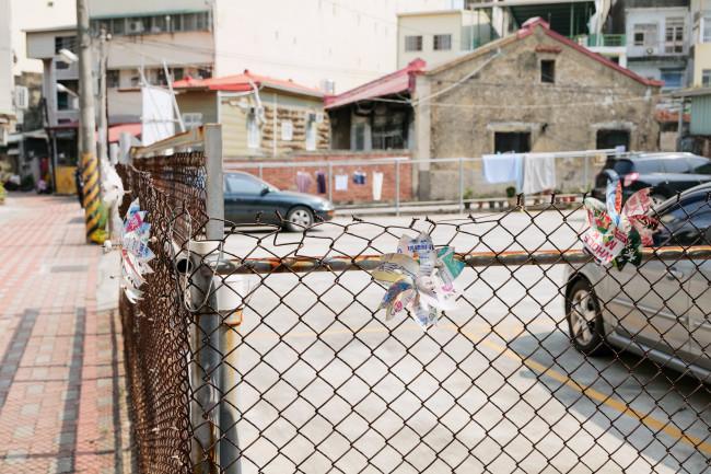 台南の路地は、どこを切り取っても「ひとの手」と体温がパーツにひそむ