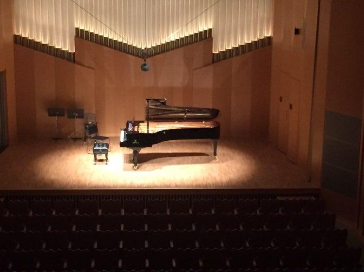 ピアノ教室では、1年に1度教室外での発表の機会を設けている