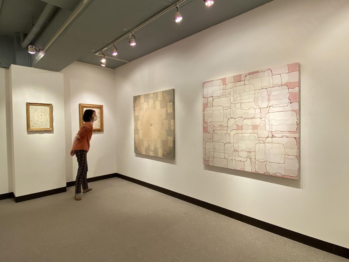 松尾さんの近作。東京、大阪、名古屋、京都を中心に年に何度か個展を開催し、作品を発表している