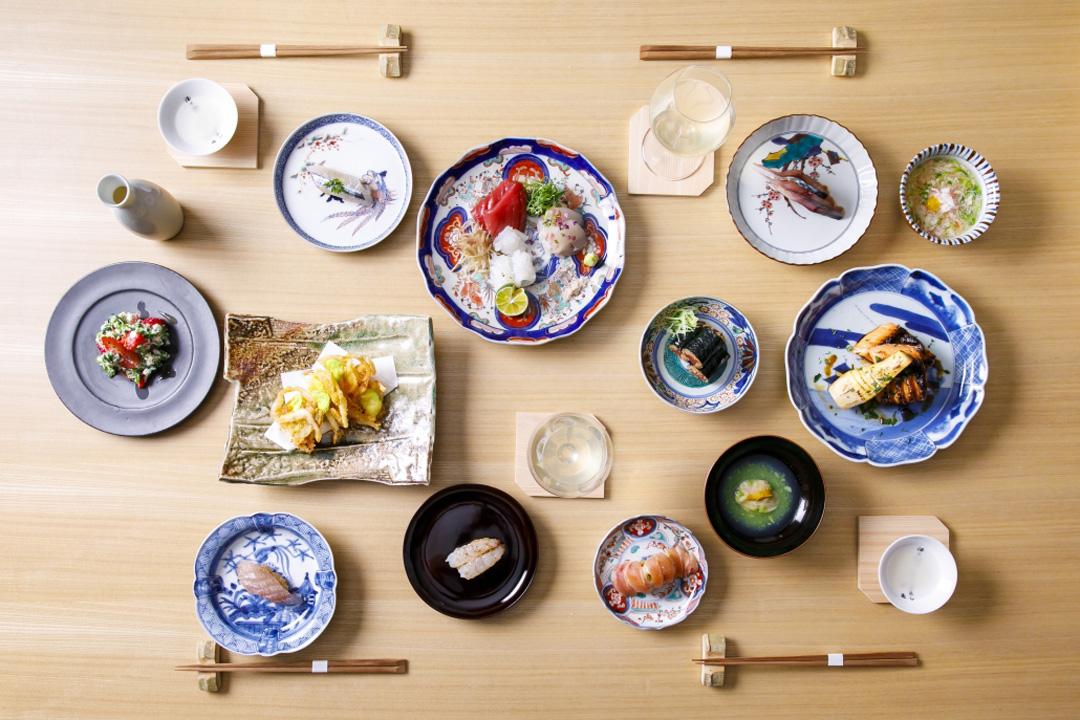 「はた中」のコース料理。料理とお酒は、滋味豊かな自然な味わいを活かしたものが並ぶ